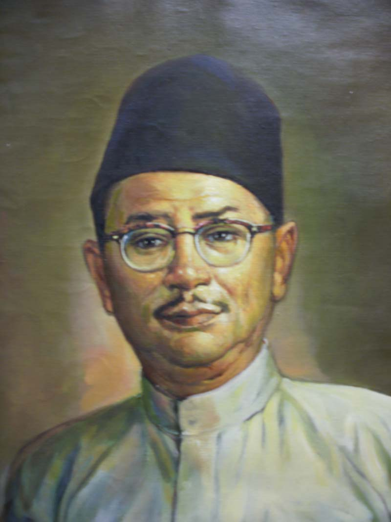 Artist Dato Mohammed Hoessein Enas painting